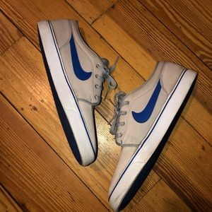 Vintage Nike Toki Low Sneaker Silt Red Blue Gray L